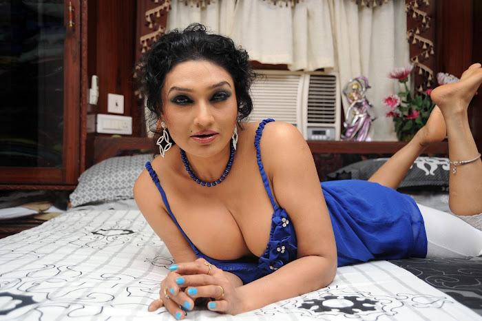 ramya sri actress pics
