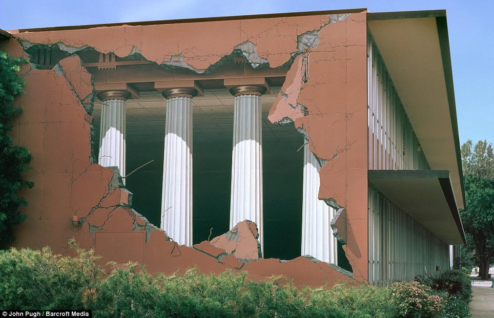 Bila gambar bersuara catan dinding mural hebat oleh for Mural kartun