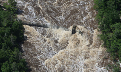 Duluth_flood_aerial_photo_swinging_bridge_washed_away_near_Thomson_recent_natural_disasters