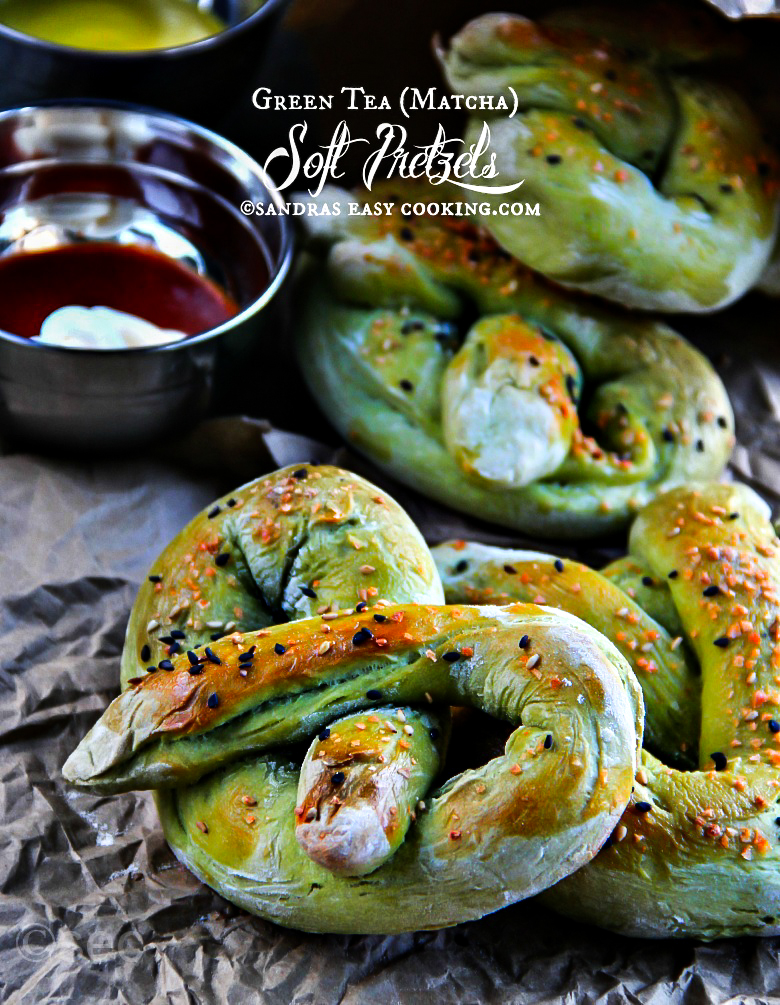 Green Tea ( #Matcha ) Soft Pretzels #recipe #homemade