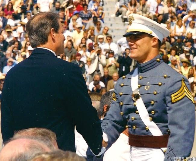 Greg Plitt se formou na Academia Militar dos EUA - Foto: Per Bernal