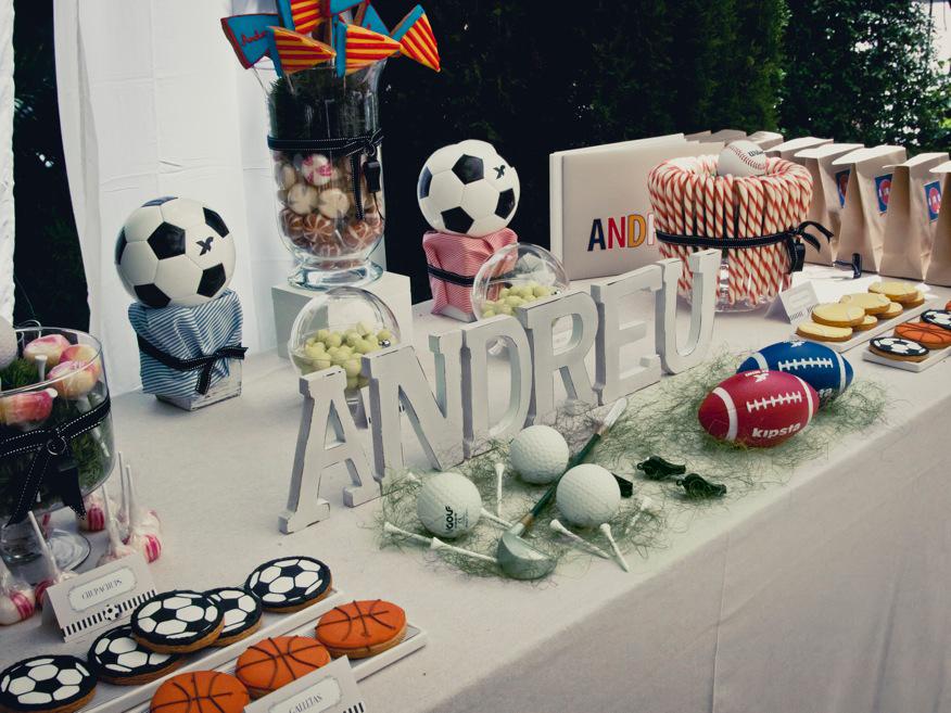 Sweet table y decoraci n para una comuni n muy deportiva for Decoracion deportiva