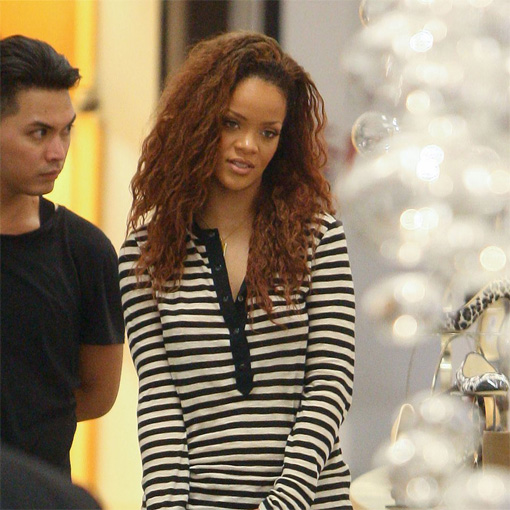 Rihanna gives Ronald McDonald his wig back, and goes brown | Snapped