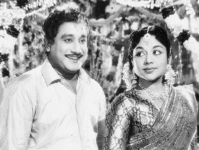 Shivaji in 'Padithaal Mattum Pothuma?' Movie