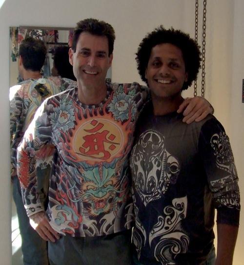 Uri Geller that is wearing a shirt designed by Tony Paukku