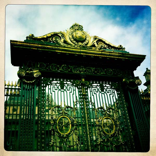 Green_Pear_Diaries_Perú_París_Alexandra_Proaño