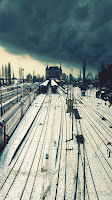 Train Way Samsung Galaxy S III Wallpapers