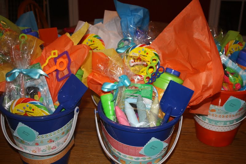 her Little Ways: Fun & Sun Party Favors/Centerpieces ...