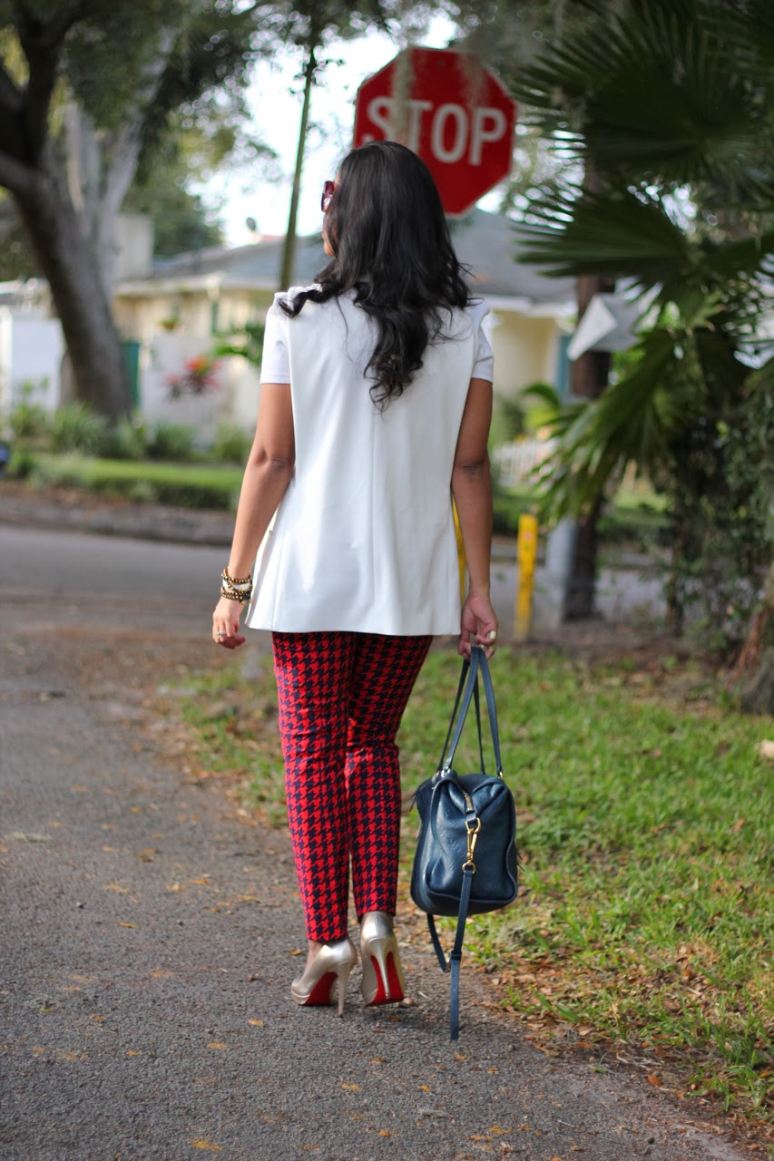 white vest zara Gap red houndstooth slim skinny crop pants chanel louis vuitton christian louboutin gold pumps