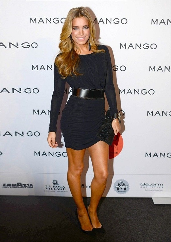 celebrity heights how tall are celebrities heights of celebrities how tall is sylvie van der. Black Bedroom Furniture Sets. Home Design Ideas