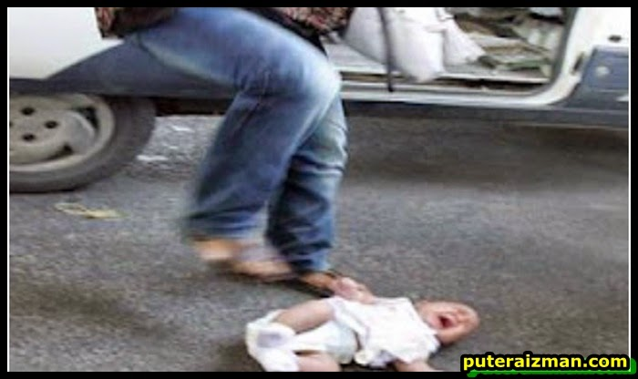 2 Gambar Kejam Ibu Campak Anak Dan Memijaknya Kerana Dituduh Mencuri