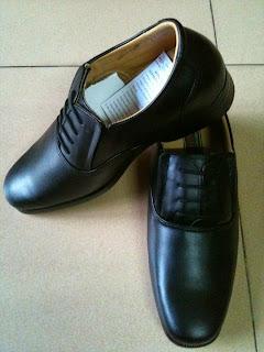 Bán Nón Bảo Hiểm Công An, Giày Công An, Áo Mưa Công An, Vớ Công An - 7