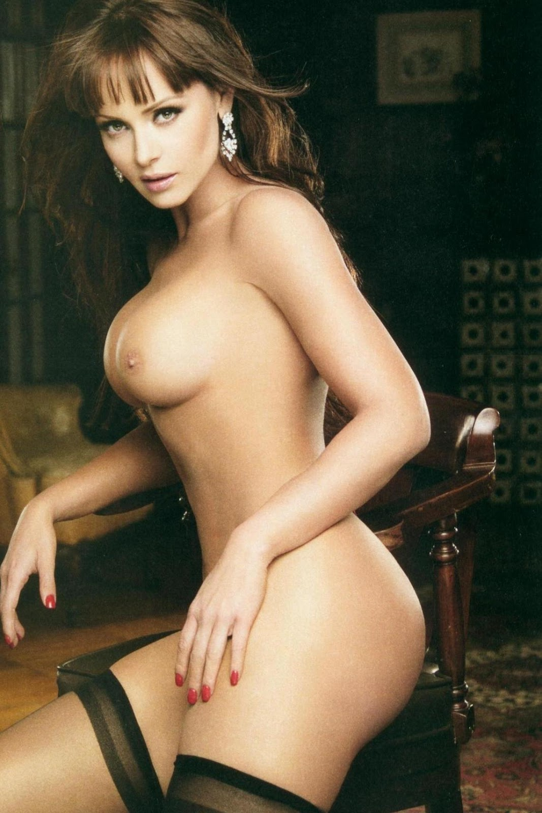Ideal answer Kate del castillo nud