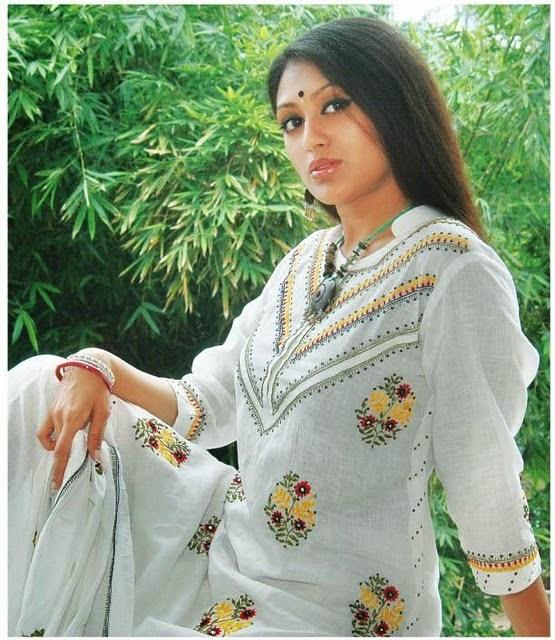 Bangladeshi Model Actress Kushum Shikder