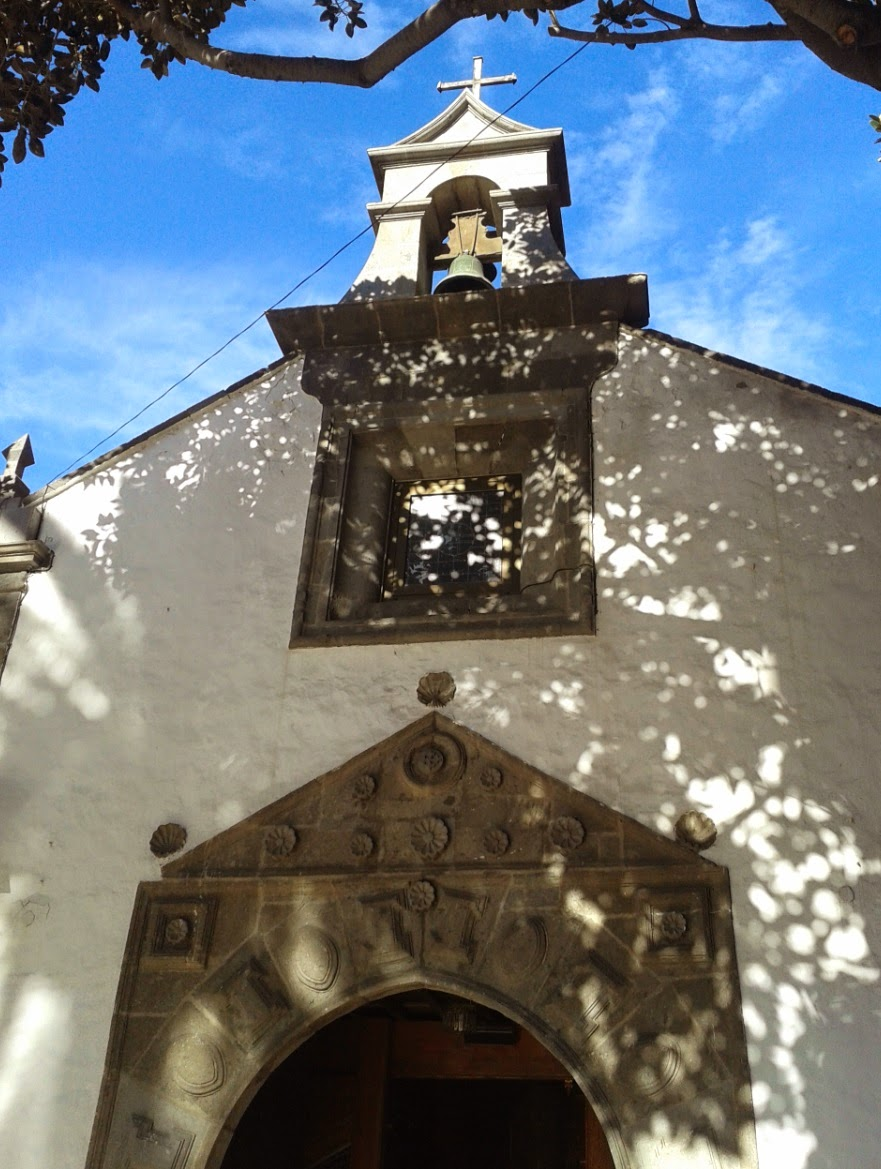 Gran Canaria Whitewashed Church in the Sun - Las Palmas