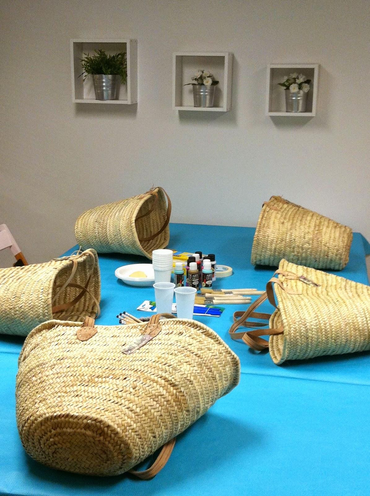 Material para el taller de capazos pintados en Donostia