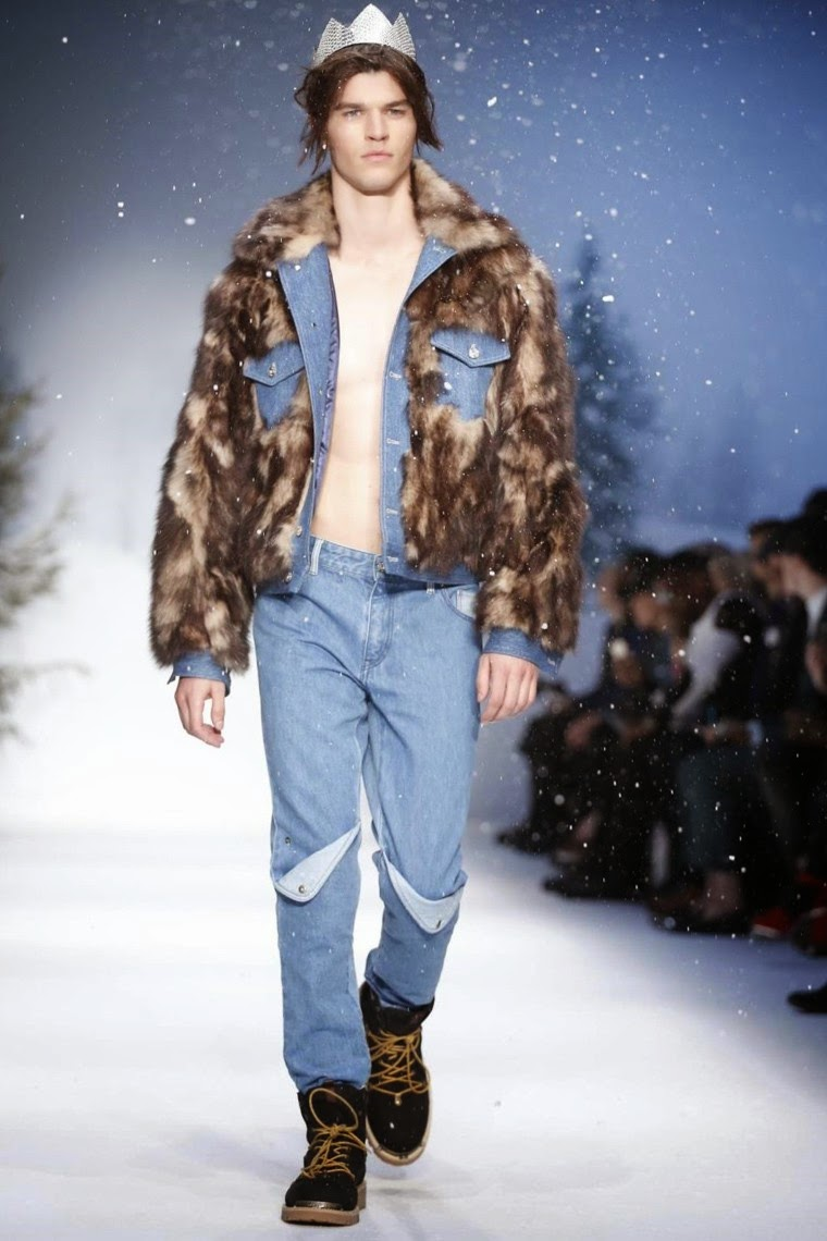 Moschino AW15, Moschino FW15, Moschino Fall Winter 2015, Moschino Autumn Winter 2015, Moschino, du dessin aux podiums, dudessinauxpodiums, jeremy scott, LCM, London Collections Men, mode homme, menswear, habits, prêt-à-porter, tendance fashion, blog mode homme, magazine mode homme, site mode homme, conseil mode homme, doudoune homme, veste homme, chemise homme, vintage look, dress to impress, dress for less, boho, unique vintage, alloy clothing, venus clothing, la moda, spring trends, tendance, tendance de mode, blog de mode, fashion blog,  blog mode, mode paris, paris mode, fashion news, designer, fashion designer, moda in pelle, ross dress for less, fashion magazines, fashion blogs, mode a toi, revista de moda, vintage, vintage definition, vintage retro, top fashion, suits online, blog de moda, blog moda, ropa, blogs de moda, fashion tops, vetement tendance, fashion week, London Fashion Week