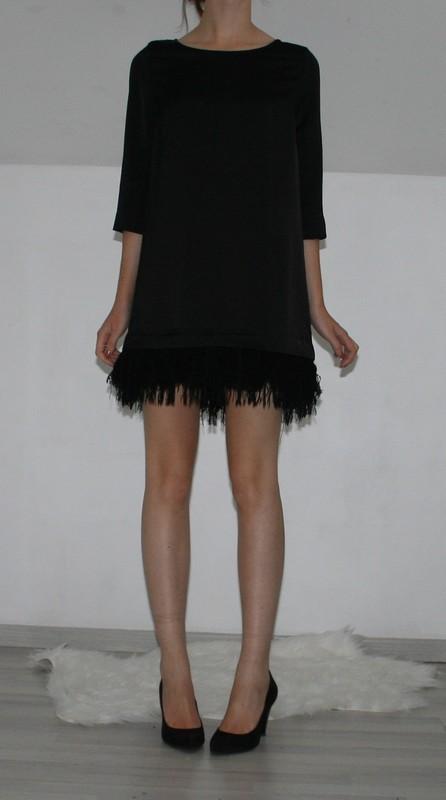 les chiffons de chanelle blog mode vide dressing robe franges tr s charleston mango. Black Bedroom Furniture Sets. Home Design Ideas
