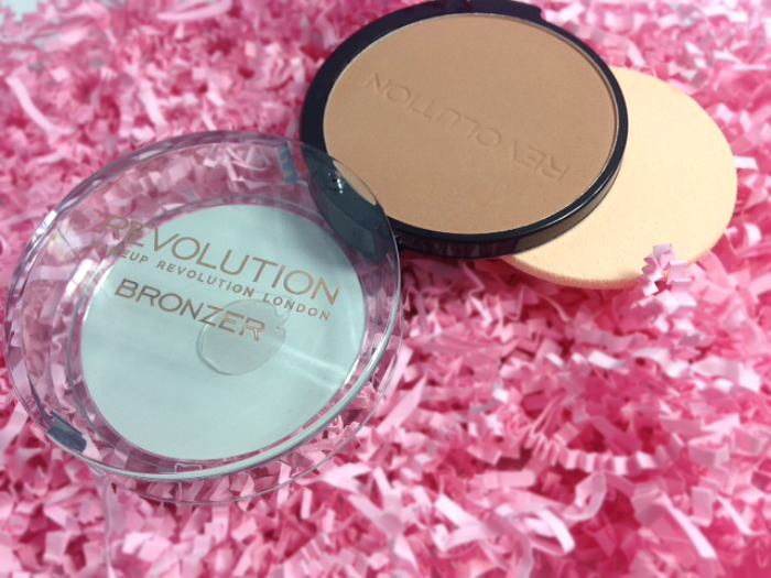 Makeup Revolution Medium Matte Bronzer review