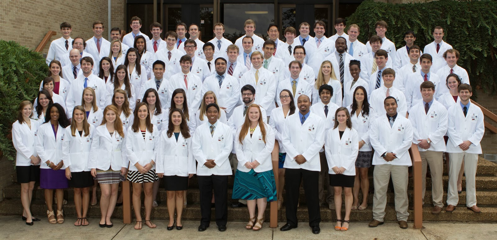 Med School Watercooler: First-Year Med Students Receive White Coats