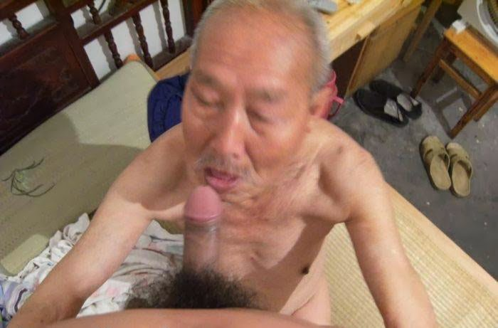 NUDEGRANDPA