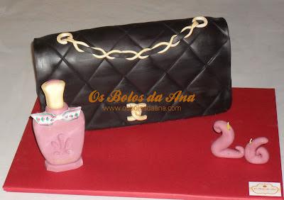 bolos artisticos, bolos da ana, bolos decorados, Bolo de Aniversário Carteira, Bolos Chanel, Bolo Decorado Carteira Chanel, Bolos de Aniversários