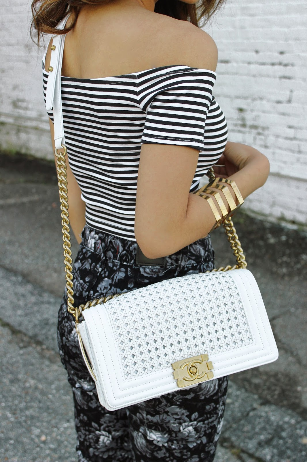 chanel boy bag, highwaisted jeans, crop tops, fashion blogger, melba nguyen, steve madden, vietnamese, white chanel boy bag