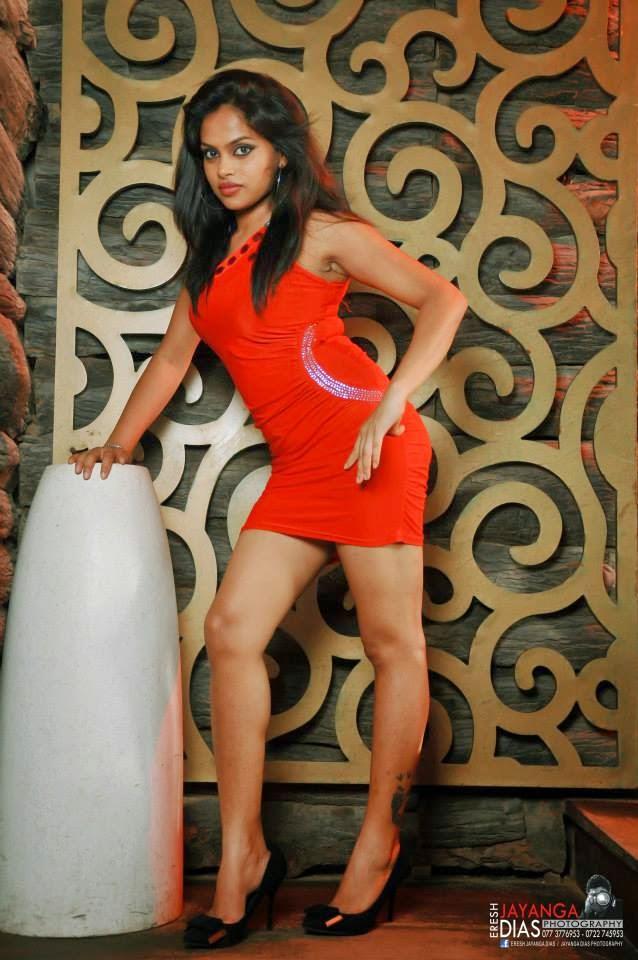 Thanuja Jayasinghe tight dress