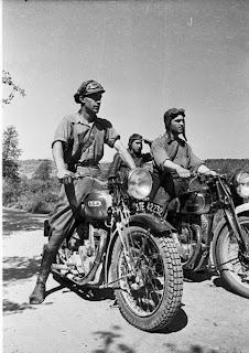 motocicletas en la guerra civil española