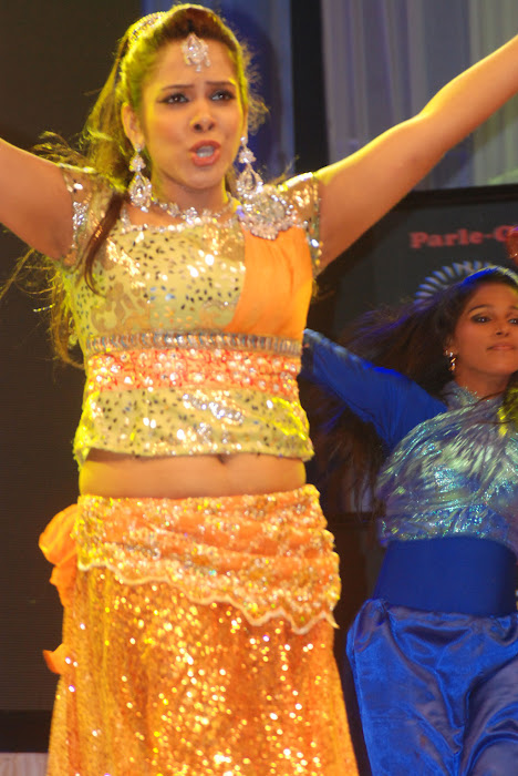 sandhya performance at women entertainers awards hot images