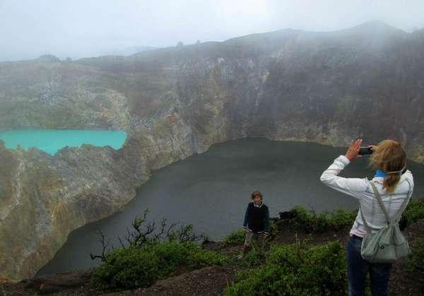 Wisata Ke Danau Kelimutu
