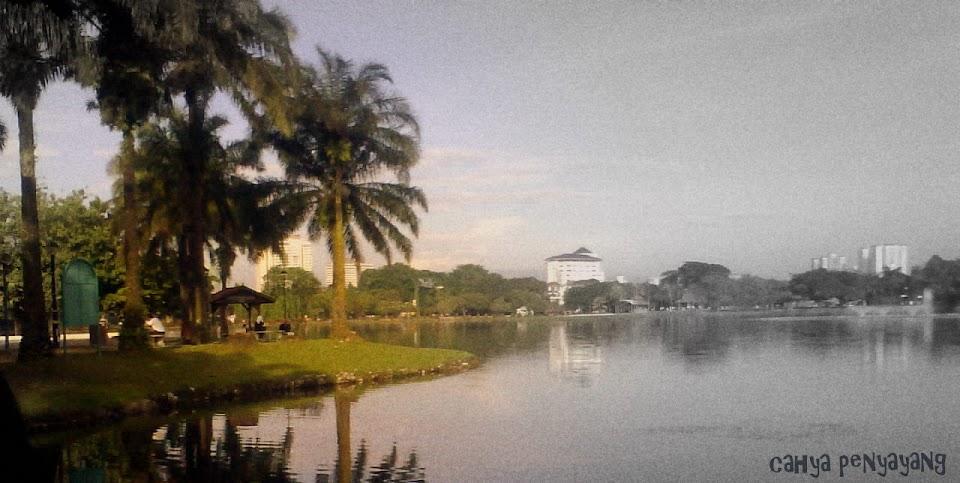 Catitan Cahya Penyayang