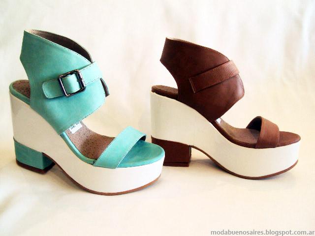 Moda primavera verano 2015 sandalias y zapaos Avance collection.