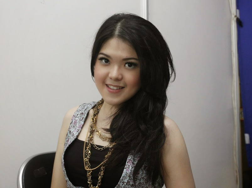 Download Lagu Terbaru Tina Toon - Bintang MP3
