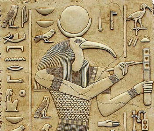 η σφίγγα έτσι και οι πυραμίδες κρατούν τα μυστικά τους πολύ καλά κρυμμένα