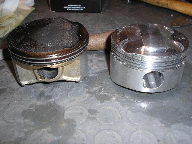 Confronto pistone originale Suzuki e pistone Wiseco