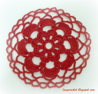 red mini doily