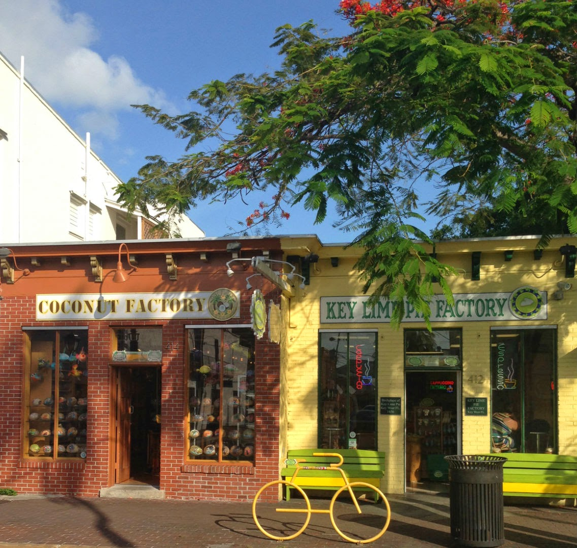 Key Lime Pie - Key West | The Twisted Horn