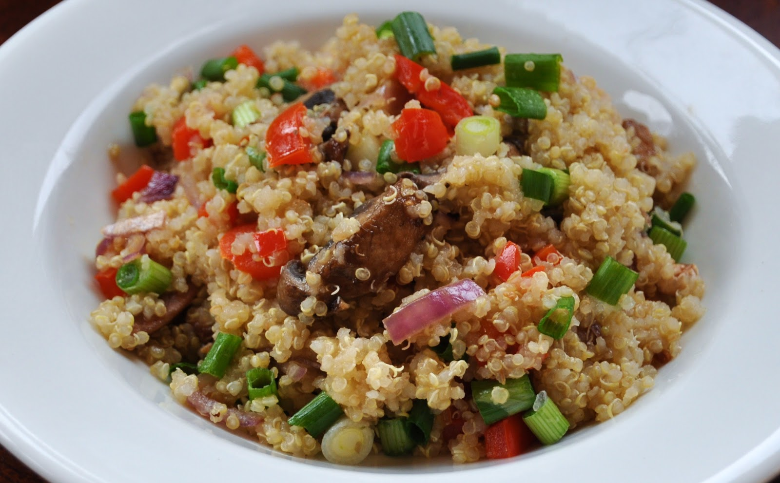 LA GRAHAM: QUINOA VEGETABLE PILAF- CLEAN EATING