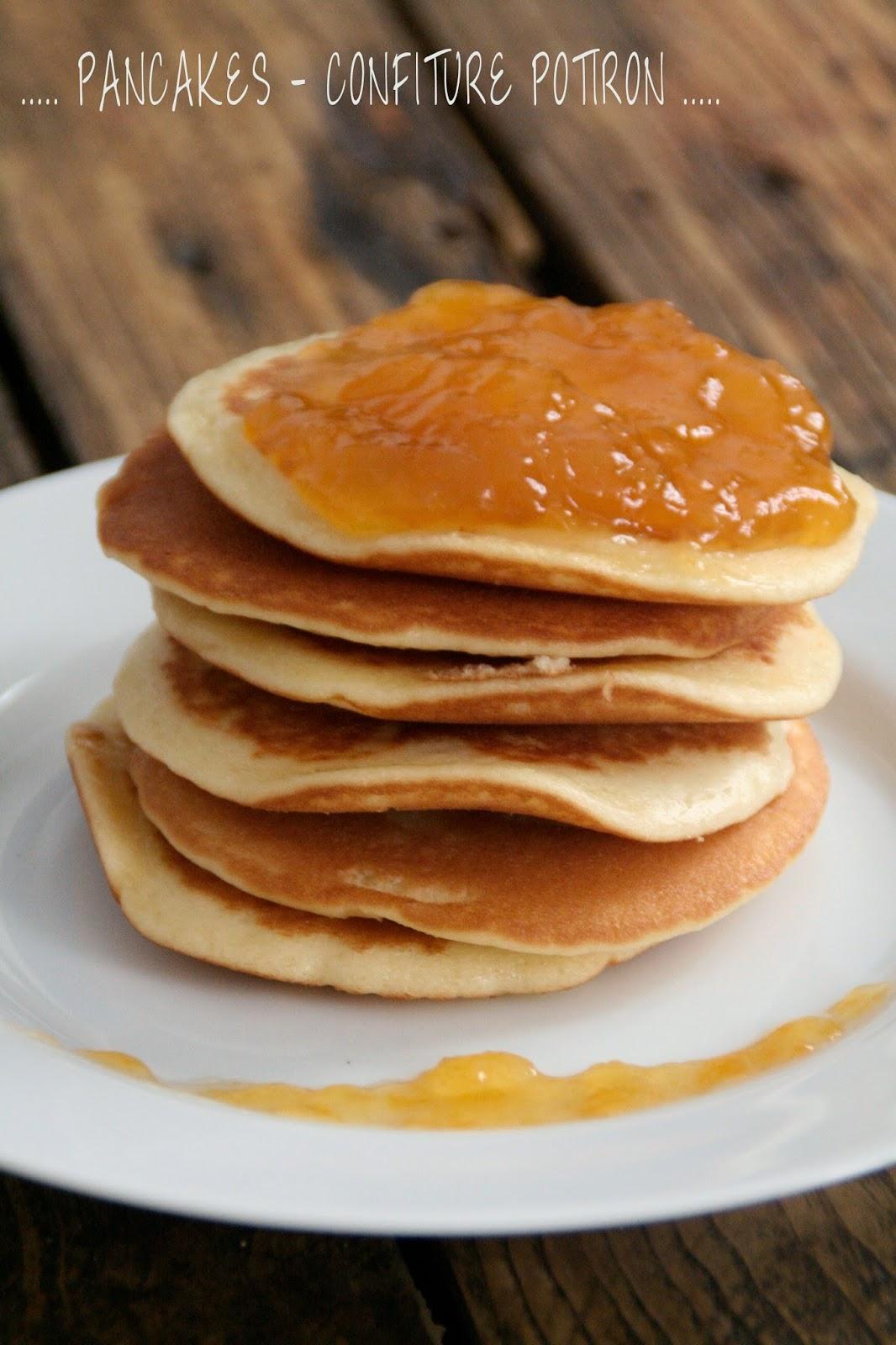 http://etcharlottedecouvritlacuisine.blogspot.fr/2014/10/pancakes-confiture-de-potiron.html