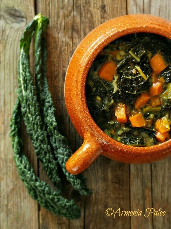 Zuppa di Cavolo Nero di Armonia Paleo