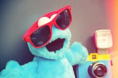 sonriele a la vida porque no sabes quien se puede enamorar de tu sonrisa :)