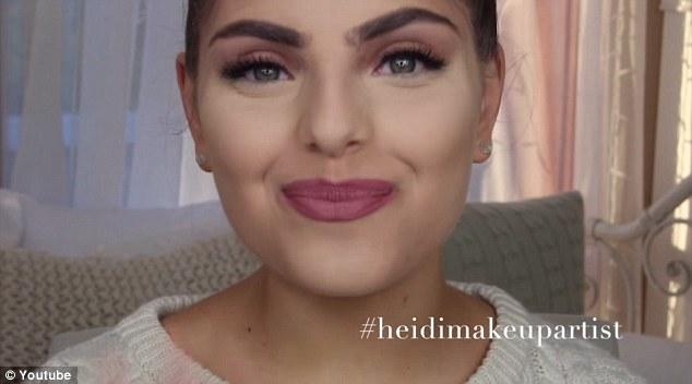 Kim Kardashian's Caking Technique Revealed