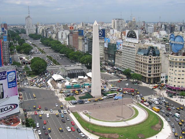 Vista de Buenos Aires con el Obelisco al frente