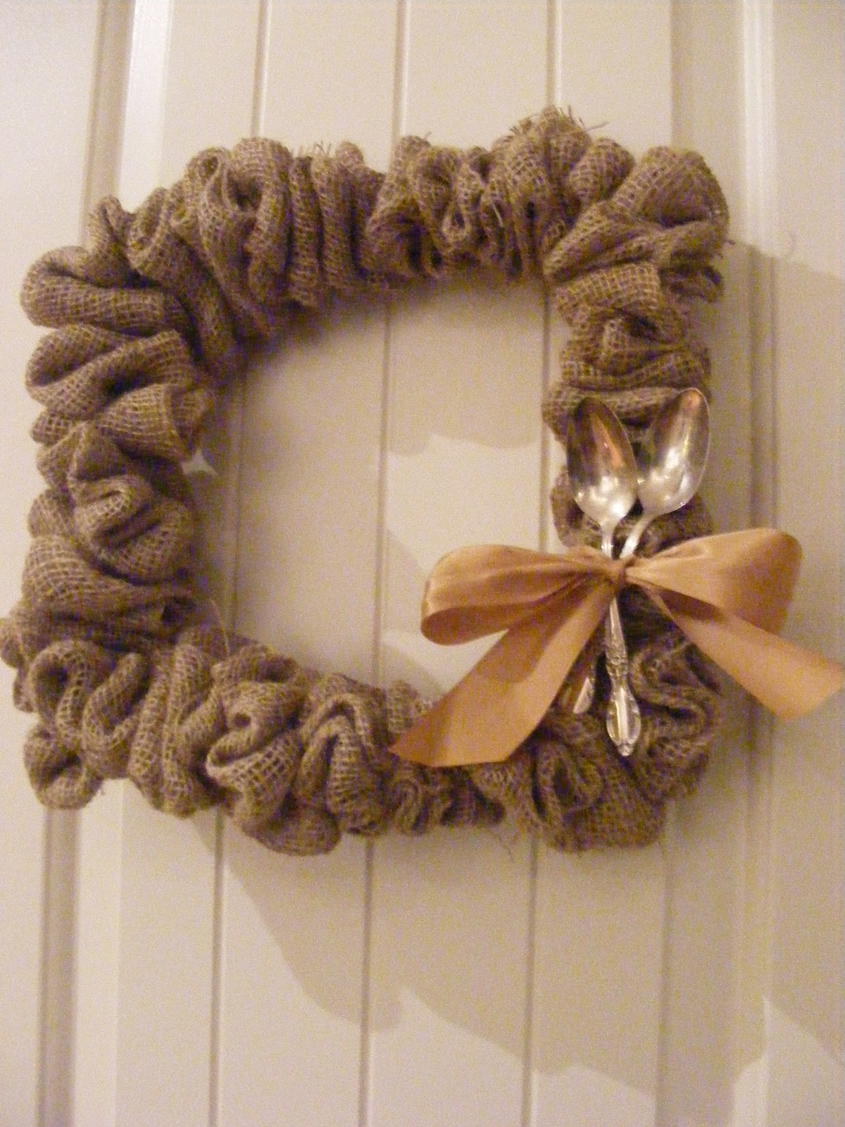 My fall wreaths the complete guide to imperfect homemaking for Crafts made with burlap