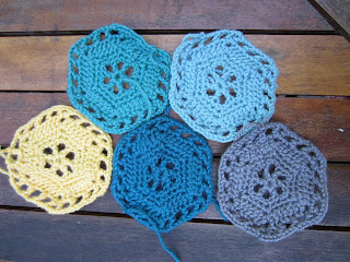 crochet hexagons laid ourt