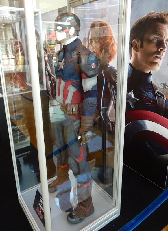 Avengers Age of Ultron Captain America film costume