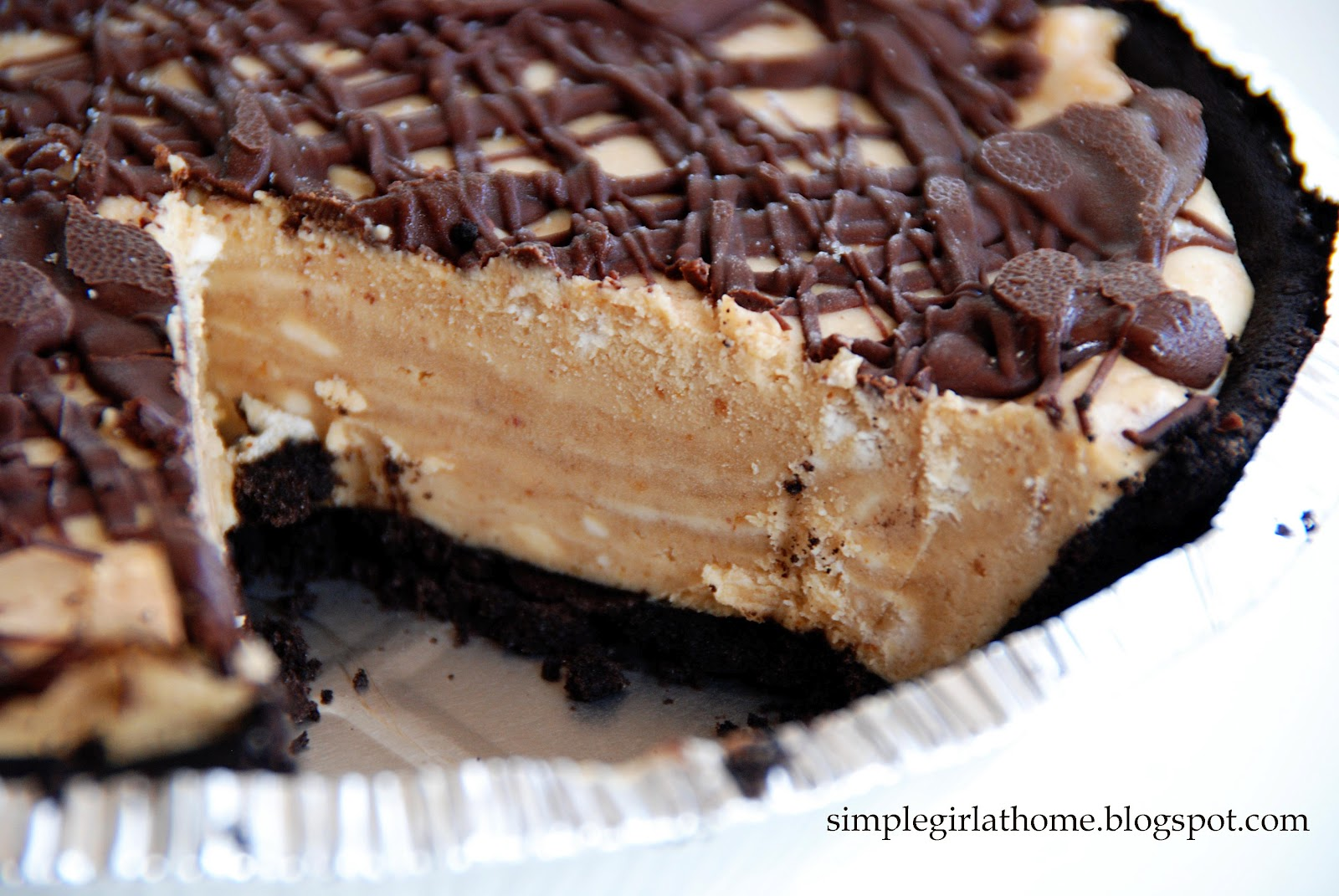 Simple Girl: Vegan Peanut Butter Pie
