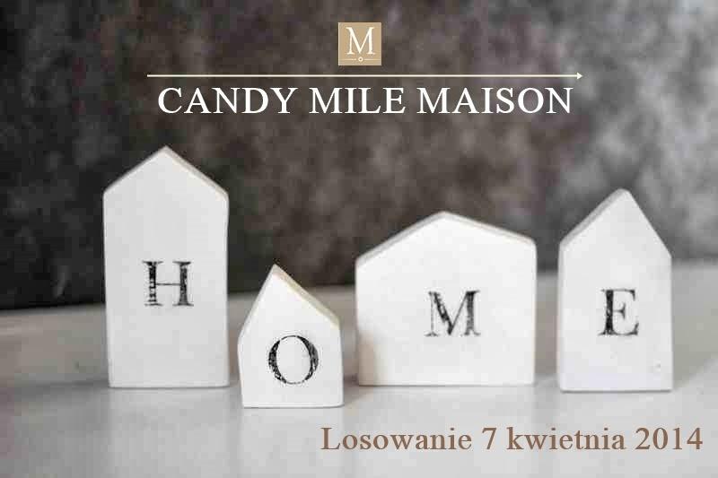 Candy na blogu, drewniane domki z napisem home, domki od seehome