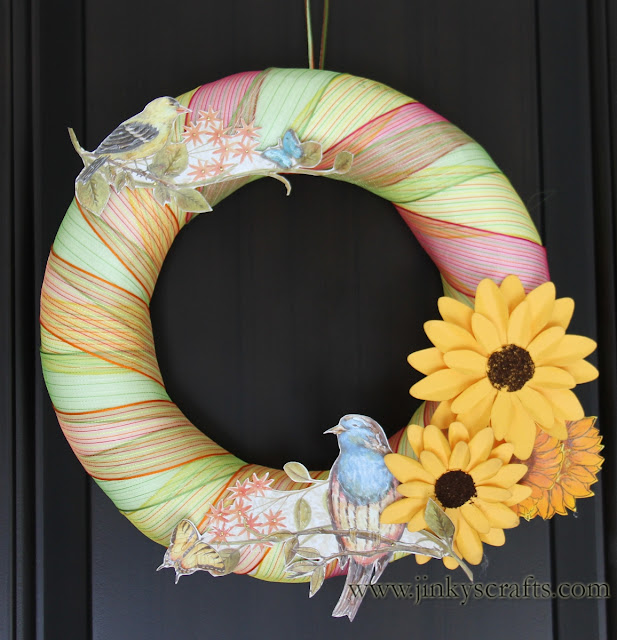 Song Birds Paper Wreath Image